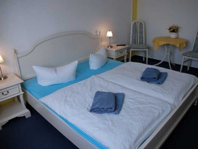 Photo for 10 double rooms - villa in the Baltic resort Baabe
