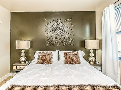 Photo for ☀10% OFF Summer~Resort~King Beds~MountainView~Parking~Central 2 Phx & Scottsdale