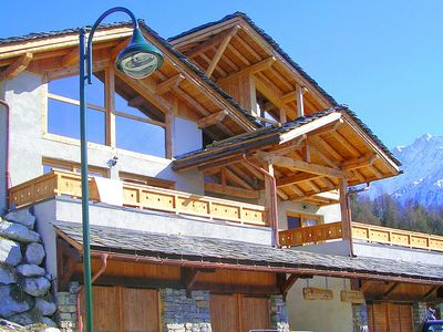 Photo for New and modern chalet just 350 m from the ski lifts