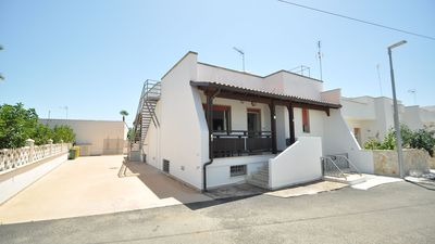 Photo for Villa a few meters from the sea with three bedrooms