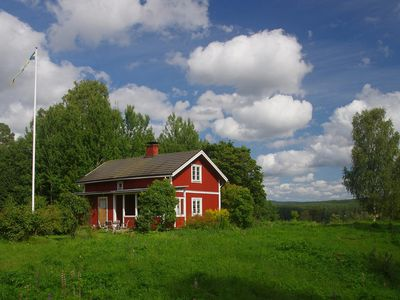 Photo for Cozy Schwedenstuga in prime Klarälvenlage, 6 Canadians, dog friendly