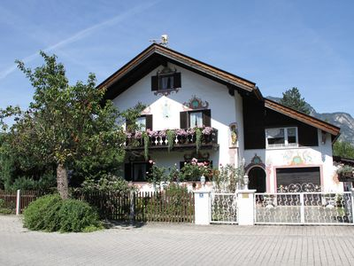 Photo for 2BR Apartment Vacation Rental in Garmisch-Partenkirchen, Oberbayern
