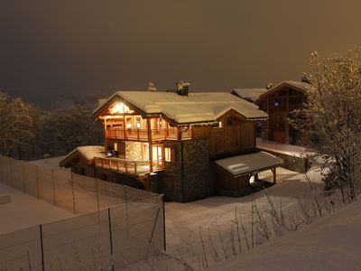 Photo for Superb mountain chalet, near the slopes, up to 14 people