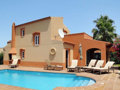 Photo for One bedroom Villa, sleeps 6 in Ciutadella with Pool, Air Con and WiFi