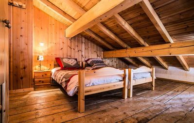 Photo for Chalet Odalys Loutantin - 5-room chalets 10 people - Mezzanine