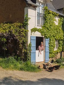 Photo for Cosy country cottage for two on permaculture smallholding in French countryside.