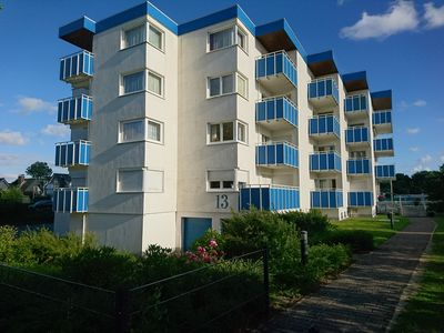 Photo for Comfortably furnished apartment near the beach with balcony, parking space and Wi-Fi
