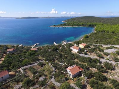 Photo for Family friendly, charming stone house near the sea, on the island in Dalmatia