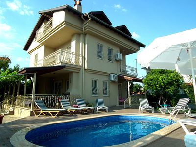 Photo for Villa Arel - private detached villa with pool sleeps 8