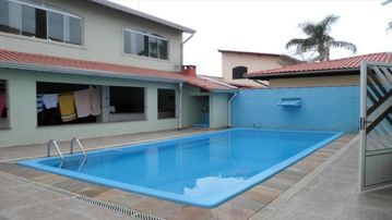 New house | 5/4 - 4 suites - 8 bathrooms | 16 people (South Coast)