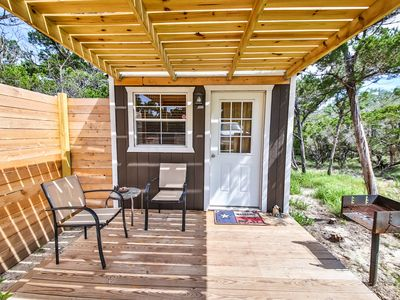 Photo for Texas Hill Country Cottage with pool access (La Cabana de Azurca)