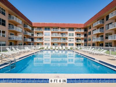 Photo for Oceanview condo w/ shared pool, private beach access, dining, pier, and more!