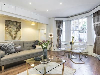 Photo for Designer 2 bed 2 bath 3 min walk to Earl's Court