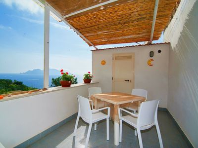 Photo for Cosy apartment for 2 guests with WIFI, TV, pets allowed and parking