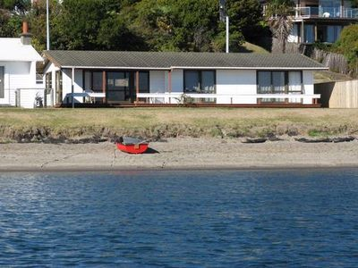 Photo for Taupo Central, Lake Front,  Hot Water Beach.