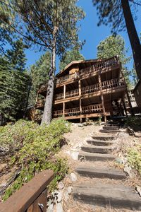 Photo for 3 bedroom, 2 bath ,sleeps 8 (10 MAX). Direct Donner Lake Access DLR#104