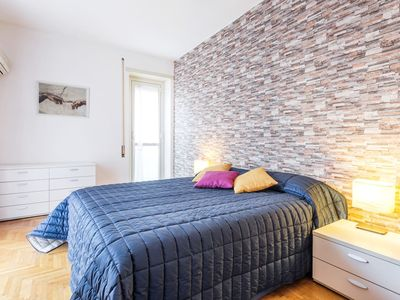 Photo for Cozy and bright apartment in Trastevere
