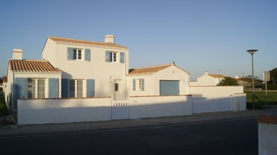 Photo for New villa located on the island of Noirmoutier to Barbatre 800m from the beach