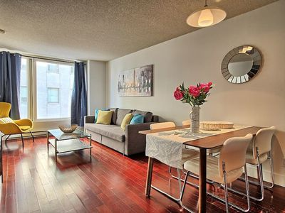 Photo for Old port and downtown, 2 beds, gym, metro, parking