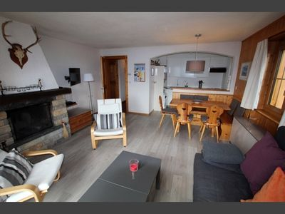 Photo for Outside : 3-room flat for 5 persons, balcony -Inside : 80 sqm, living with a fire place, dining area