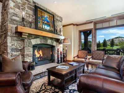 Ski In/Out, Village Connect Shuttle, Views of Beaver Creek Mtn, Year Round Hot Tub & Heated Pool!