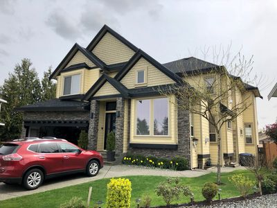 Photo for Luxury 4300 sq. ft. family home with high-end amenities. 30 min. to Vancouver.
