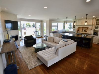 Photo for Serenity and Style in Redondo Beach
