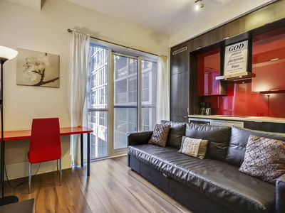 Photo for Luxury Condo on Front Street West I