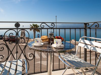Photo for Riva Mare★Bright 1 BR apt for 4★in center★2 balconies with sea view