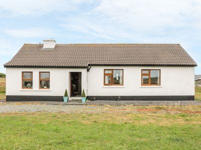 Photo for ERRISBEG, pet friendly in Ballyconneely, County Galway, Ref 903626