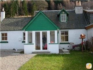 Photo for Lovely foresters cottage, amazing Loch Ness views, private beach, pets welcome