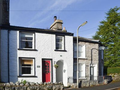 Photo for 2 bedroom property in Kendal and Lakes Gateway. Pet friendly.