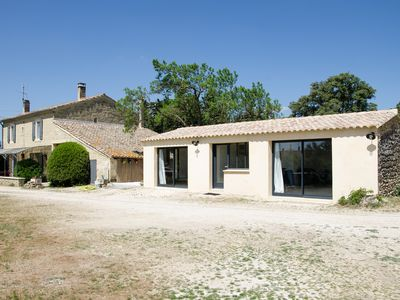 Photo for 1BR House Vacation Rental in Saint quentin la poterie, Occitanie
