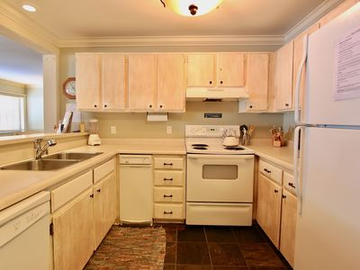 Photo for Ski & Racquet #130- sleeps 4 with sunny pool, game room, hot tubs & tennis!