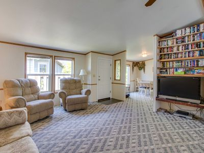 Photo for Roomy, family-friendly home w/ outdoor firepit - walk to beach, dogs welcome!