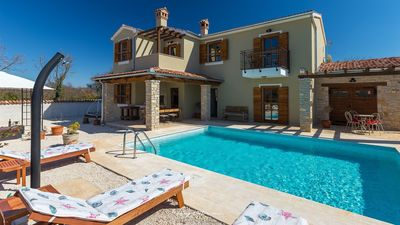 Photo for Lovely villa with pool in Central Istria