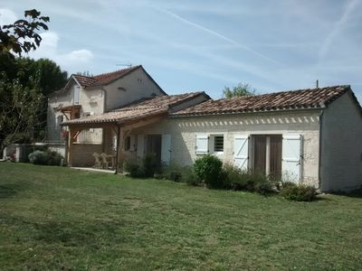 Photo for Character cottage, 4 *, quiet and relaxing, in the heart of Causses du Quercy.