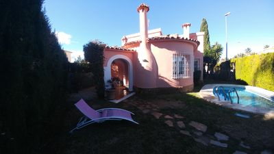 Photo for Oliva: Villa pool, private garden, WIFI and TV SAT in Oliva Nova Golf