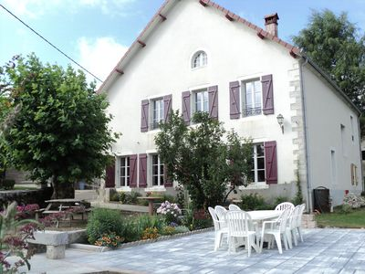 Photo for Spacious cottage for 13 persons in LOULLE