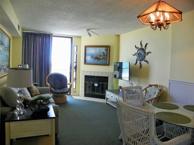Photo for Charming 3 Bedroom Oceanfront Condo - Breathtaking View of The Ocean!