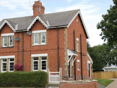 Photo for RED COTTAGE, pet friendly, with open fire in Beverley, Ref 962025