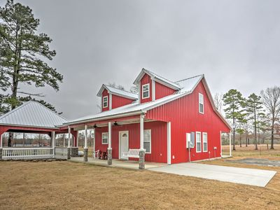 Photo for Higden Home w/ Yard - Mins to Greers Ferry Lake!