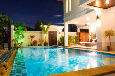 Private swimmingpool by night