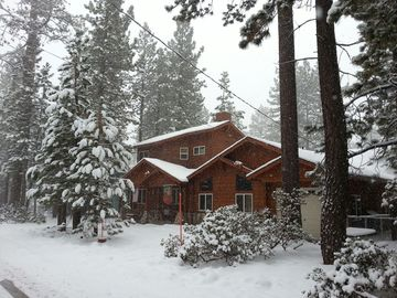 SNOW!!! Front of the cabin ***