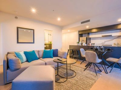 Photo for Park View 1BR Unit with Rooftop Pool at South Bank