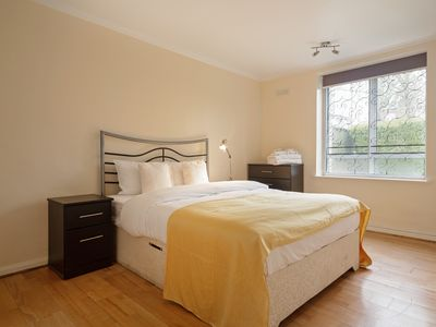 Photo for Bright 2 Bed Apartment near Abbey Road