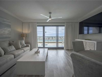 Photo for 115- Vacation in paradise! Overlooking pristine EMERALD WATER. Destin Beach Club