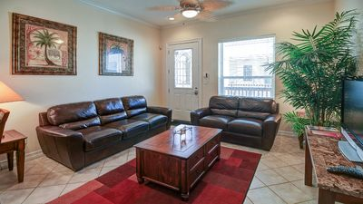 Upgraded condo w/ shared pool, only a 1/2 block from the beach