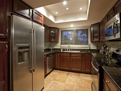 Upgraded Kitchen with all new appliances, cutlery etc..