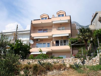 Photo for Two bedroom apartment with balcony and sea view Makarska